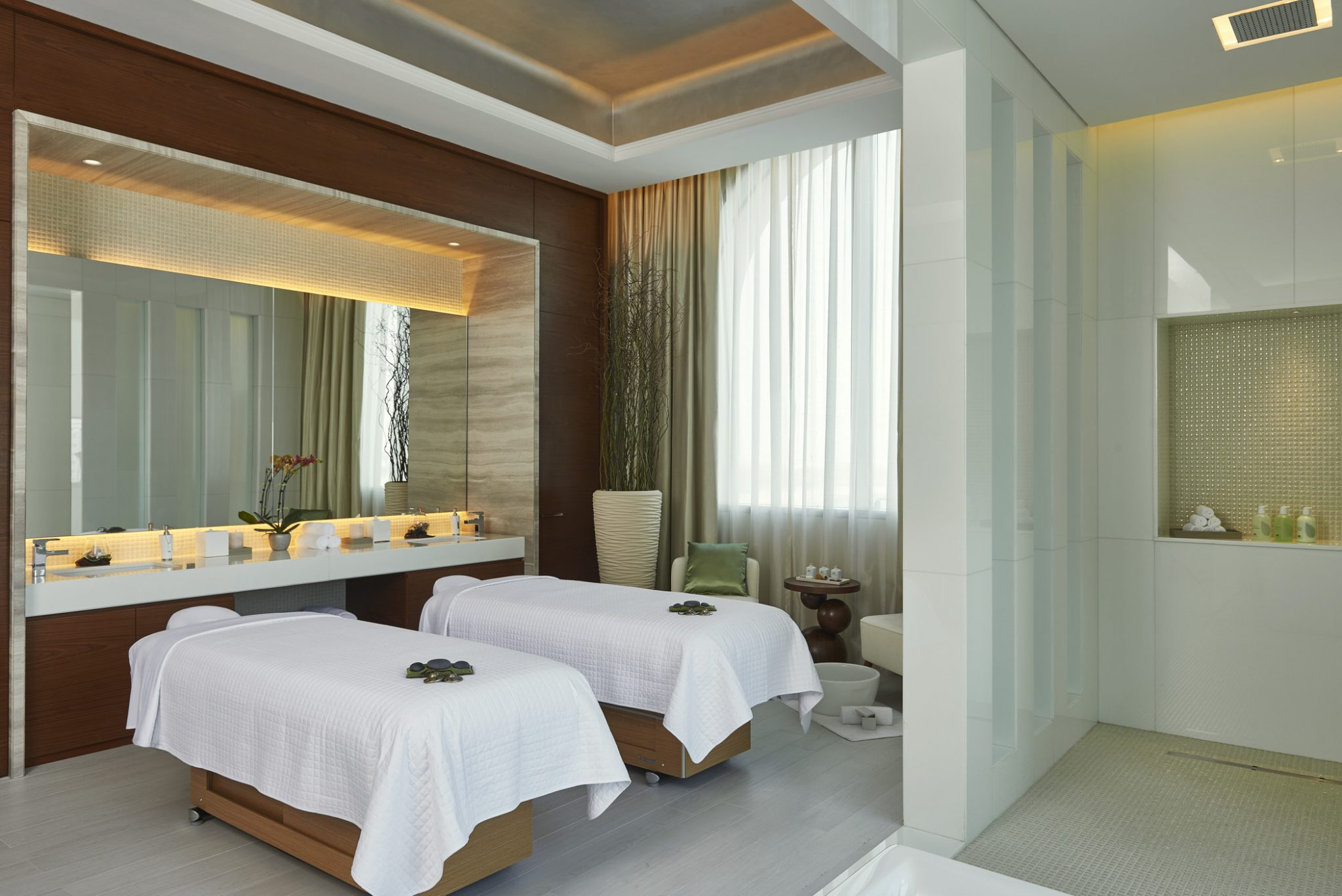 The Heavenly Spa. 3