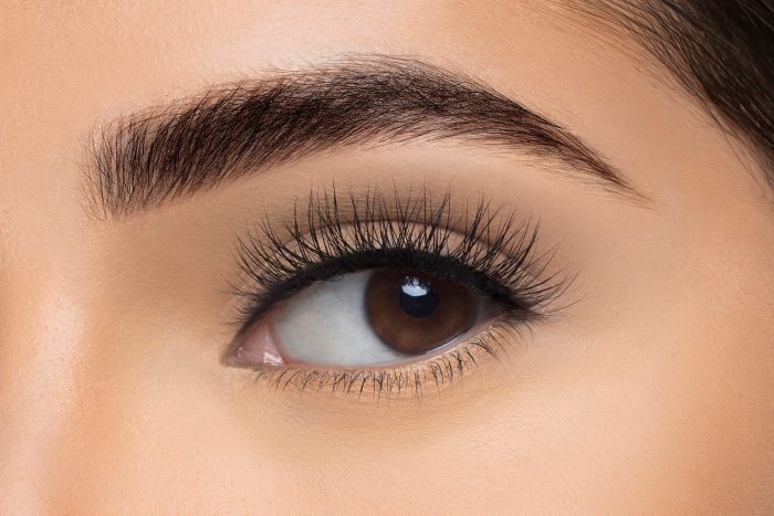 Ella Mink Lashes, close up of ladies eye wearing false eyelash