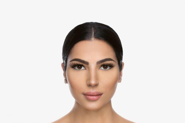 Lola Mink Lashes, close up of ladies face wearing false eyelashes