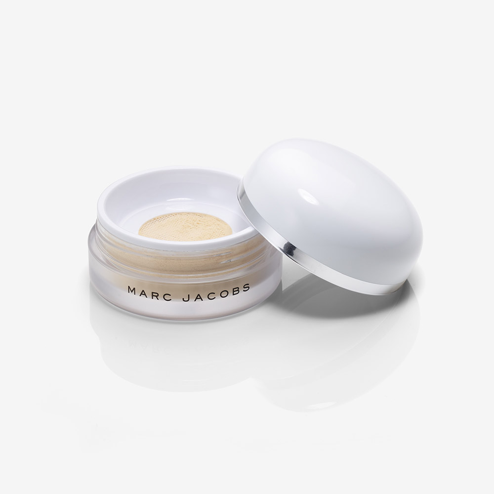 Finish Line Perfecting Coconut Setting Powder 2 - AED 180