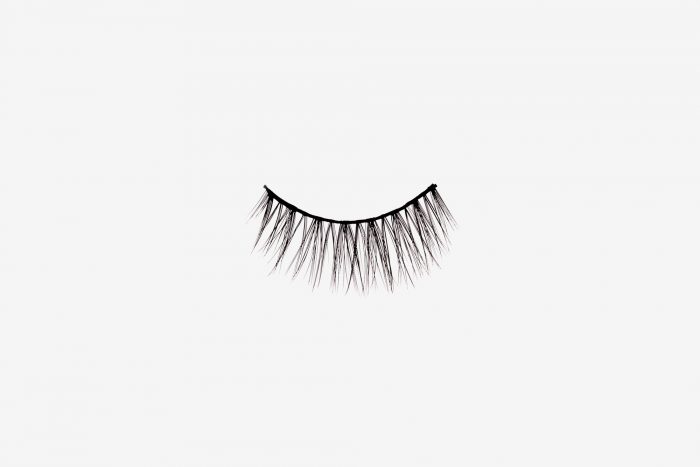 Poppy False Eyelashes, single false lash on grey background